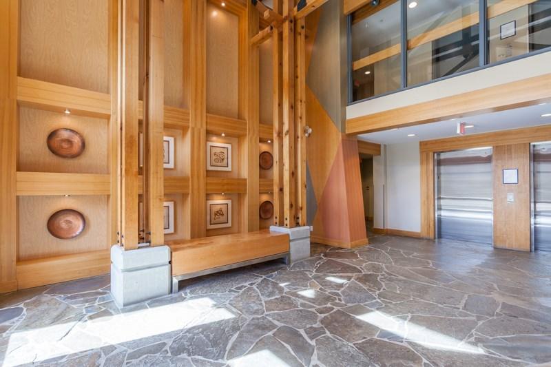 Condo Apartment at 401 580 RAVEN WOODS DRIVE, Unit 401, North Vancouver, British Columbia. Image 19