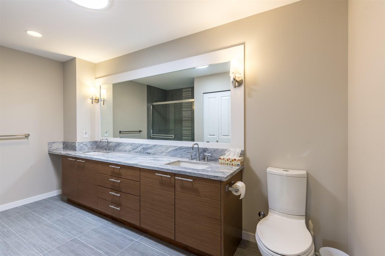 Condo Apartment at 601 5665 TEREDO STREET, Unit 601, Sunshine Coast, British Columbia. Image 10