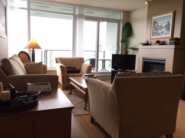 Condo Apartment at 1102 9188 UNIVERSITY CRESCENT, Unit 1102, Burnaby North, British Columbia. Image 2