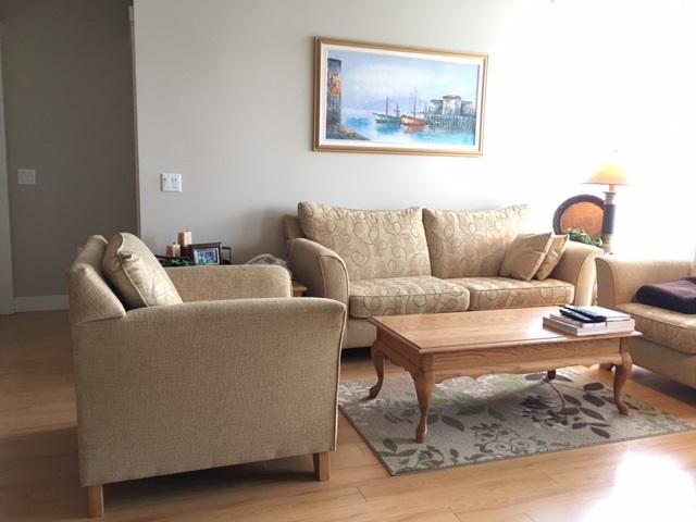 Condo Apartment at 1102 9188 UNIVERSITY CRESCENT, Unit 1102, Burnaby North, British Columbia. Image 3