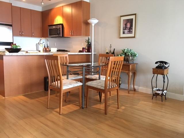 Condo Apartment at 1102 9188 UNIVERSITY CRESCENT, Unit 1102, Burnaby North, British Columbia. Image 5