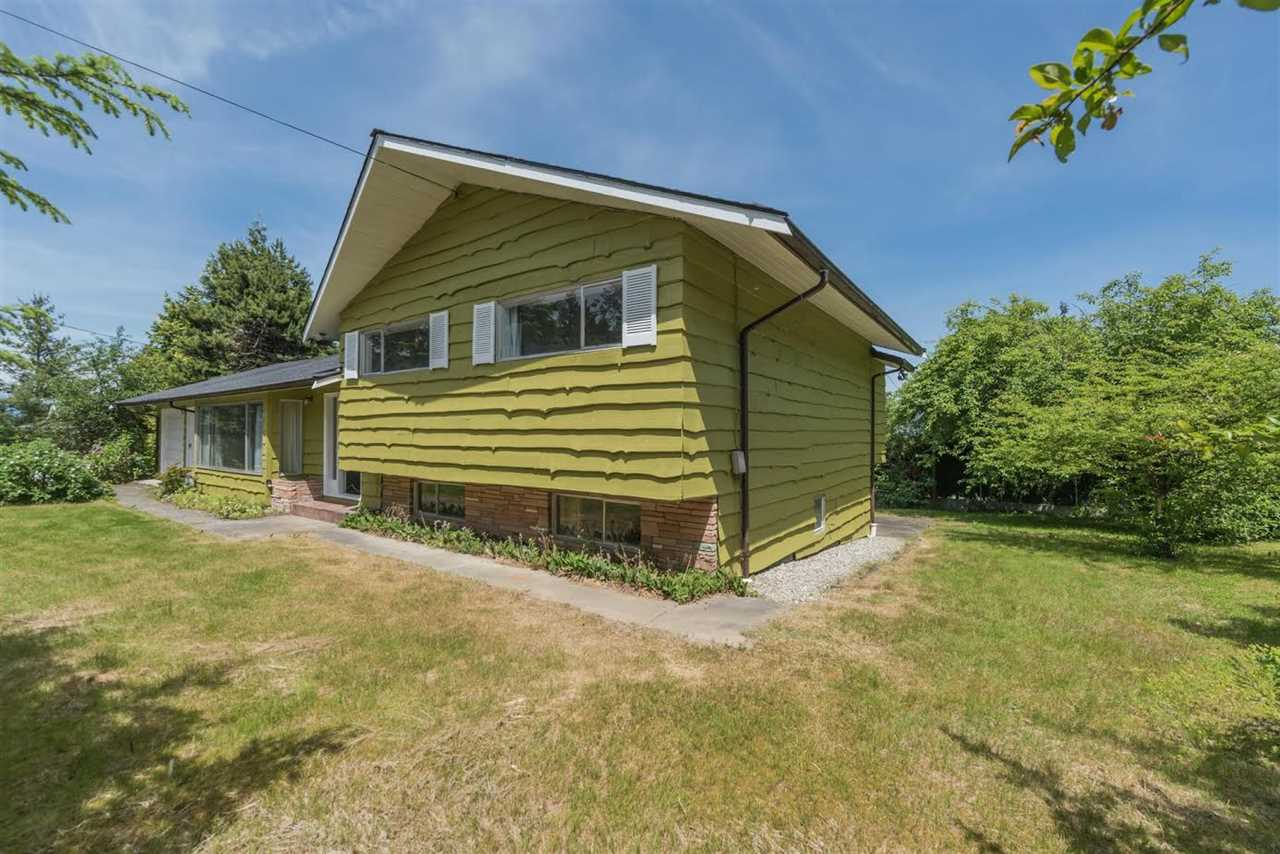 Detached at 5816 MALVERN AVENUE, Burnaby South, British Columbia. Image 3