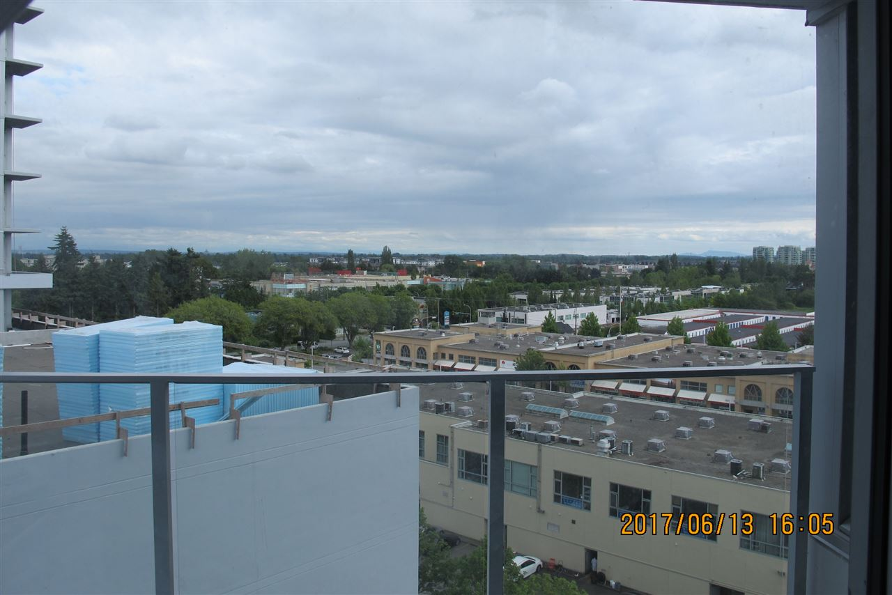 Condo Apartment at B1101 3331 BROWN ROAD, Unit B1101, Richmond, British Columbia. Image 5