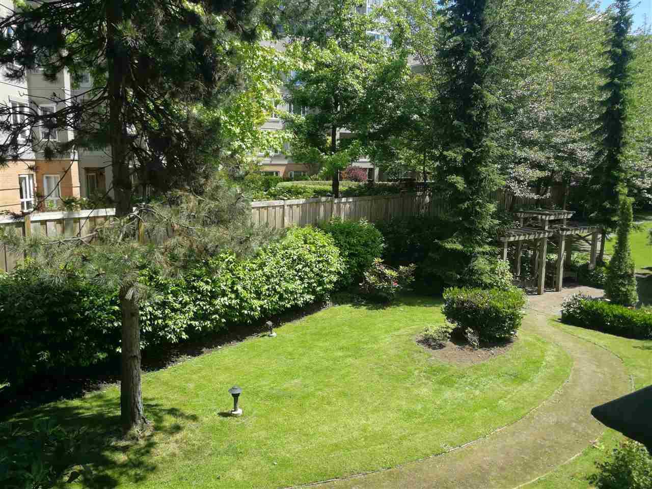 Condo Apartment at 234 5735 HAMPTON PLACE, Unit 234, Vancouver West, British Columbia. Image 2