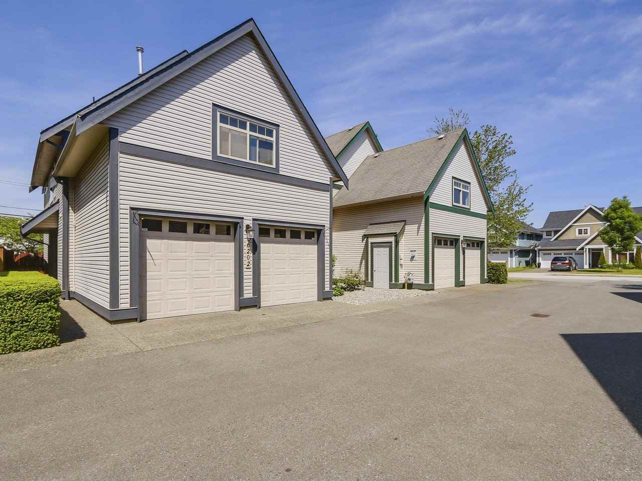 Detached at 6202 48A AVENUE, Ladner, British Columbia. Image 18