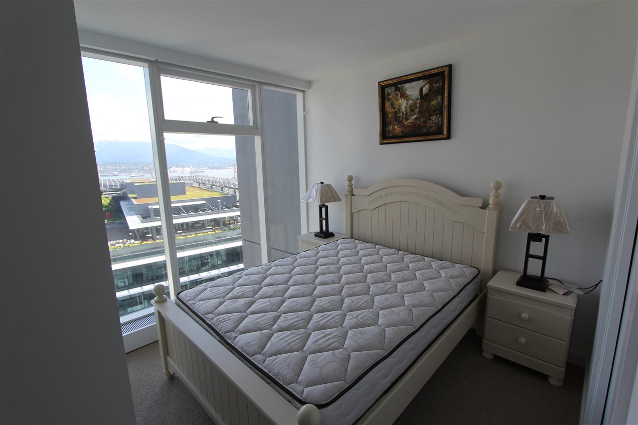 Condo Apartment at 3905 777 RICHARDS STREET, Unit 3905, Vancouver West, British Columbia. Image 5
