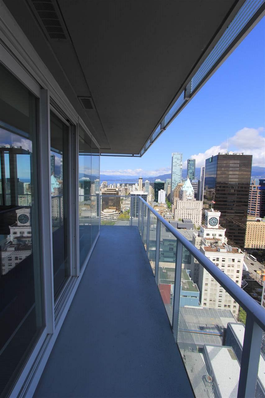 Condo Apartment at 3905 777 RICHARDS STREET, Unit 3905, Vancouver West, British Columbia. Image 11