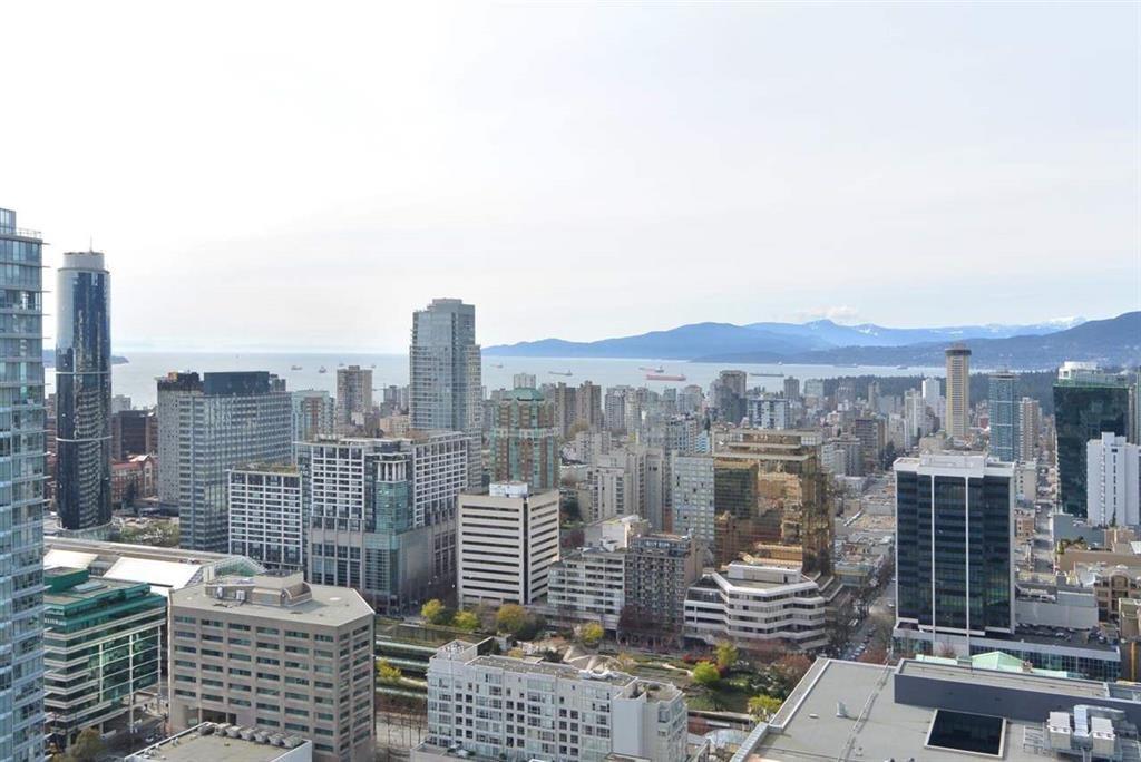 Condo Apartment at 3905 777 RICHARDS STREET, Unit 3905, Vancouver West, British Columbia. Image 13