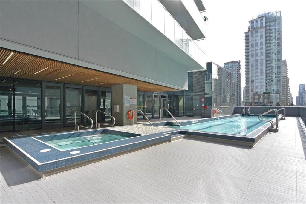 Condo Apartment at 3905 777 RICHARDS STREET, Unit 3905, Vancouver West, British Columbia. Image 16