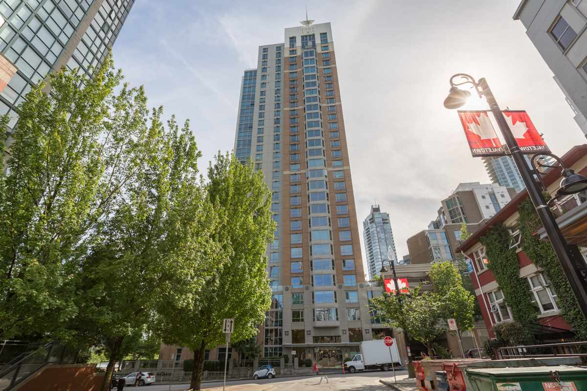 Condo Apartment at 303 388 DRAKE STREET, Unit 303, Vancouver West, British Columbia. Image 20