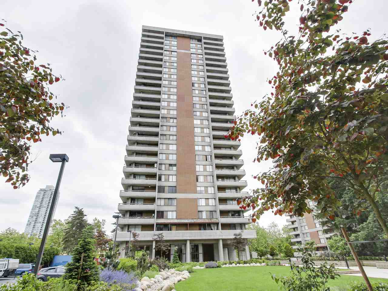 Condo Apartment at 905 3755 BARTLETT COURT, Unit 905, Burnaby North, British Columbia. Image 1