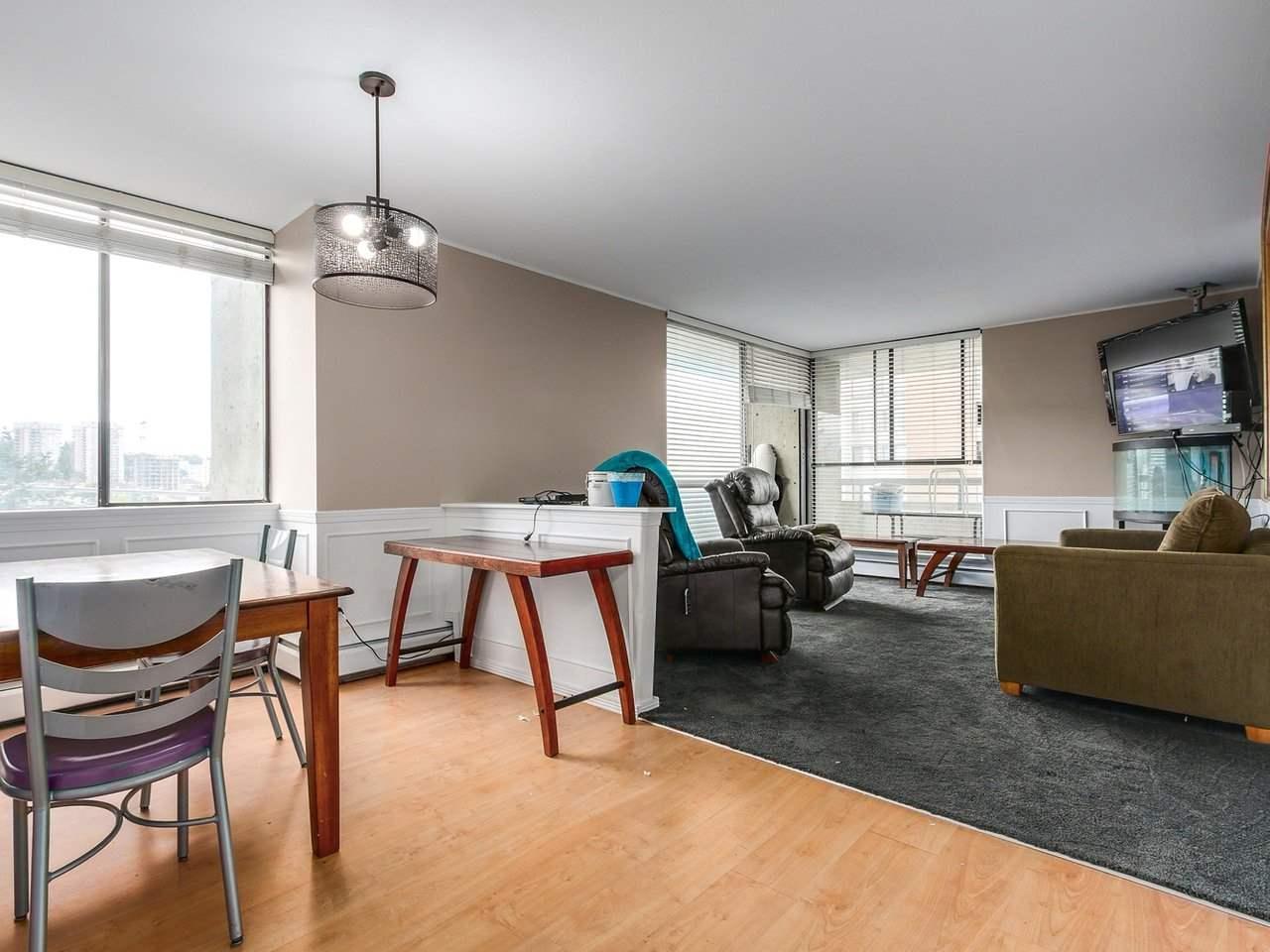 Condo Apartment at 905 3755 BARTLETT COURT, Unit 905, Burnaby North, British Columbia. Image 4