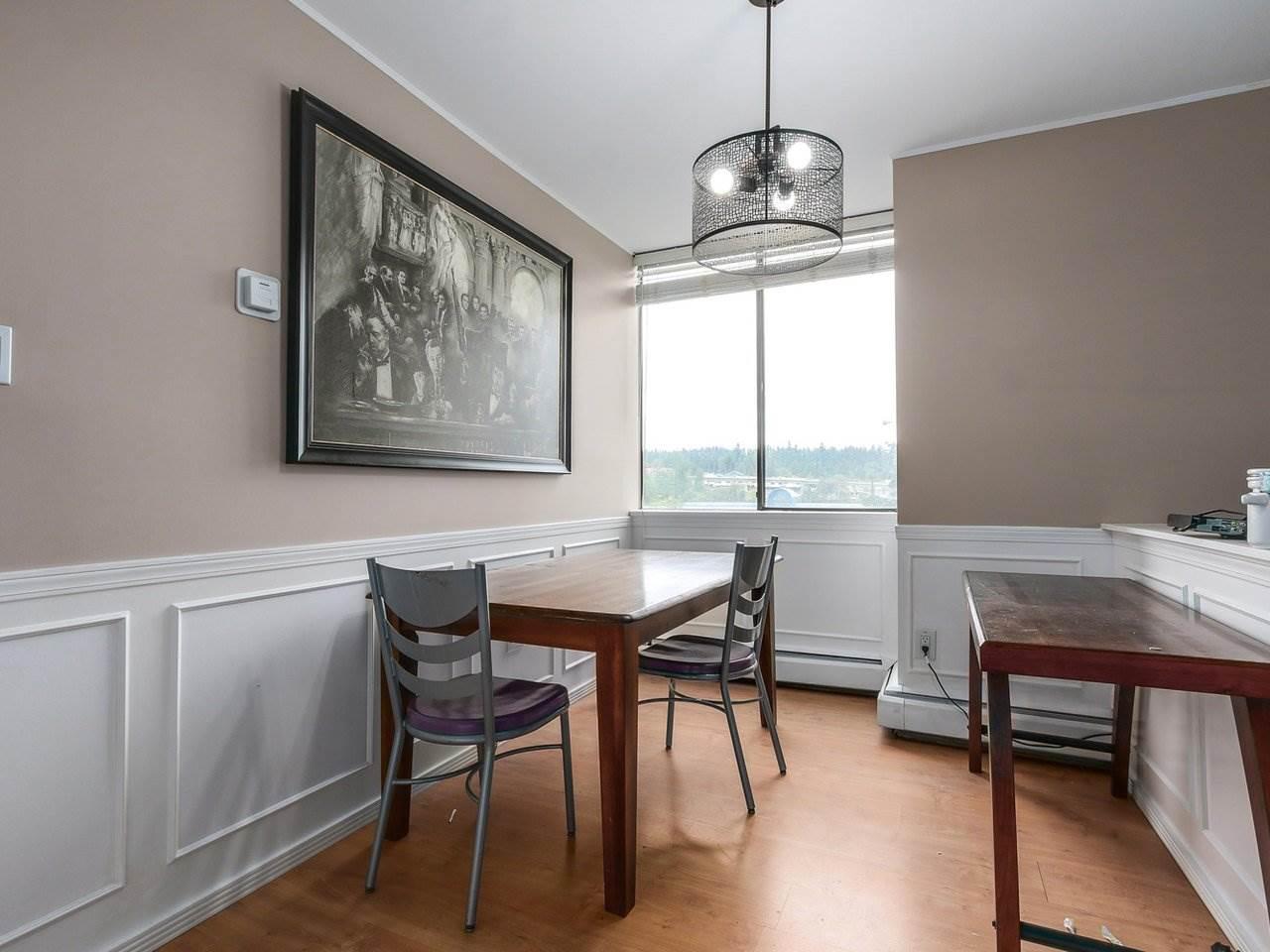 Condo Apartment at 905 3755 BARTLETT COURT, Unit 905, Burnaby North, British Columbia. Image 5