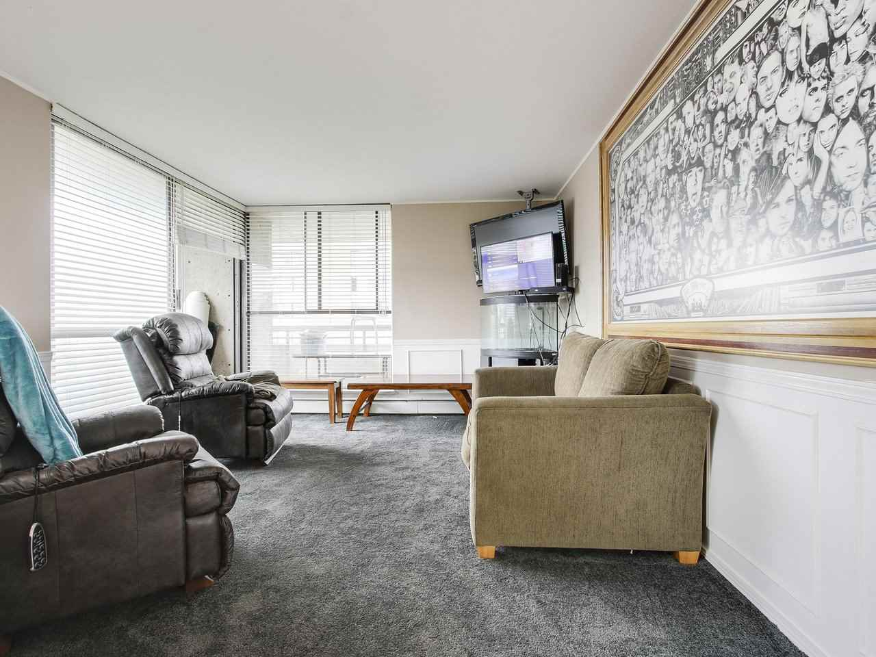 Condo Apartment at 905 3755 BARTLETT COURT, Unit 905, Burnaby North, British Columbia. Image 6