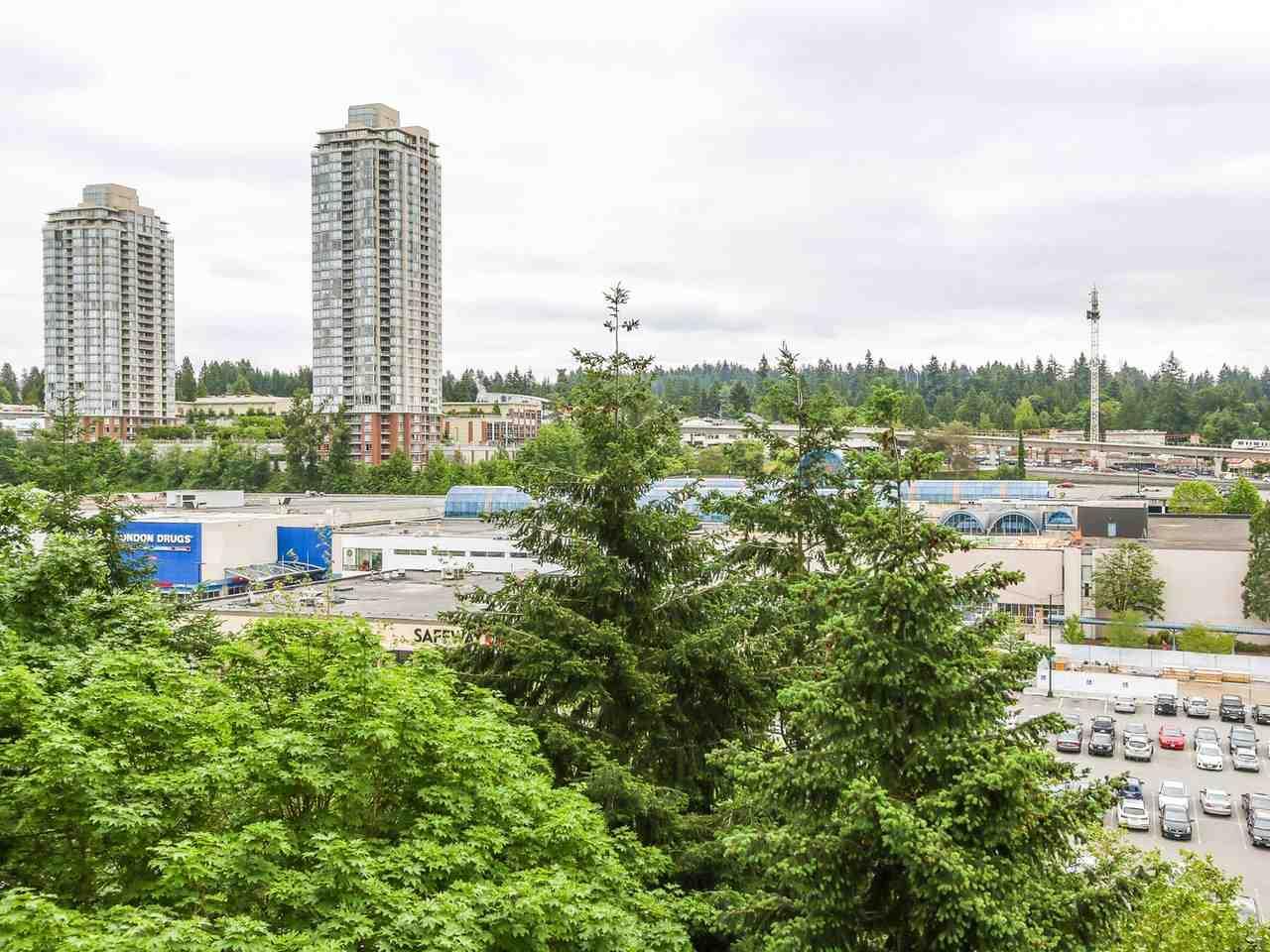 Condo Apartment at 905 3755 BARTLETT COURT, Unit 905, Burnaby North, British Columbia. Image 10