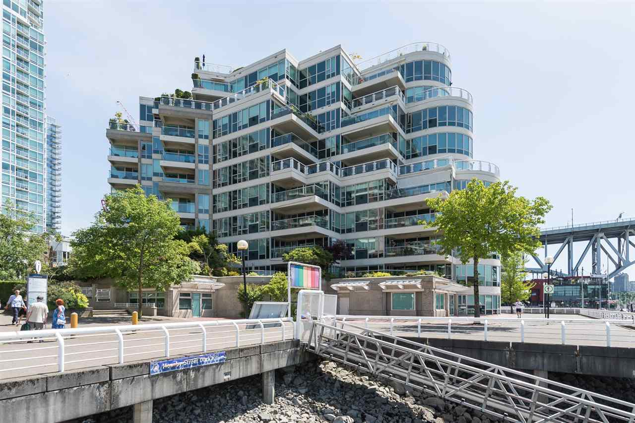 Condo Apartment at 603 1600 HORNBY STREET, Unit 603, Vancouver West, British Columbia. Image 1