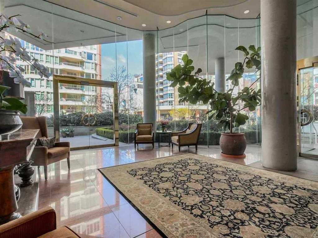 Condo Apartment at 603 1600 HORNBY STREET, Unit 603, Vancouver West, British Columbia. Image 4