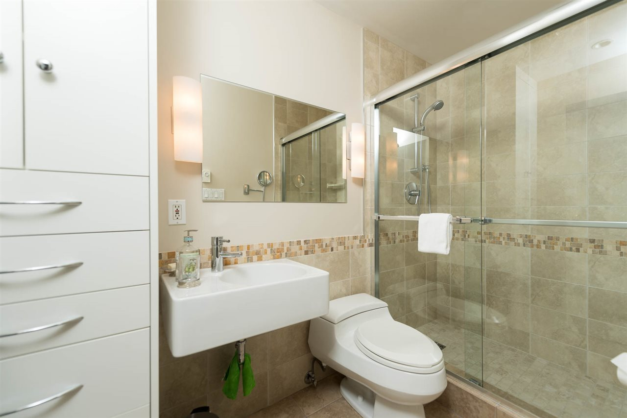 Condo Apartment at 603 1600 HORNBY STREET, Unit 603, Vancouver West, British Columbia. Image 15
