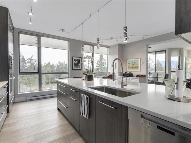 Condo Apartment at 1003 5657 HAMPTON PLACE, Unit 1003, Vancouver West, British Columbia. Image 2