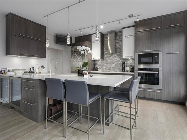 Condo Apartment at 1003 5657 HAMPTON PLACE, Unit 1003, Vancouver West, British Columbia. Image 4