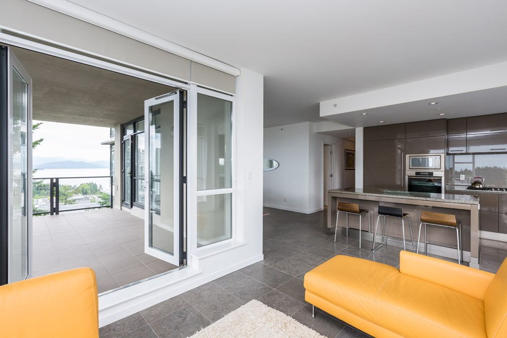 Condo Apartment at 1003 5989 WALTER GAGE ROAD, Unit 1003, Vancouver West, British Columbia. Image 10
