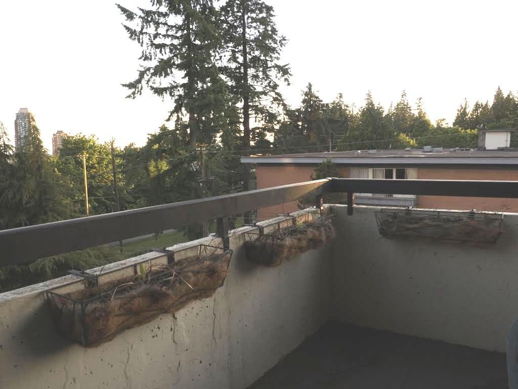 Condo Apartment at 404 7171 BERESFORD STREET, Unit 404, Burnaby South, British Columbia. Image 7
