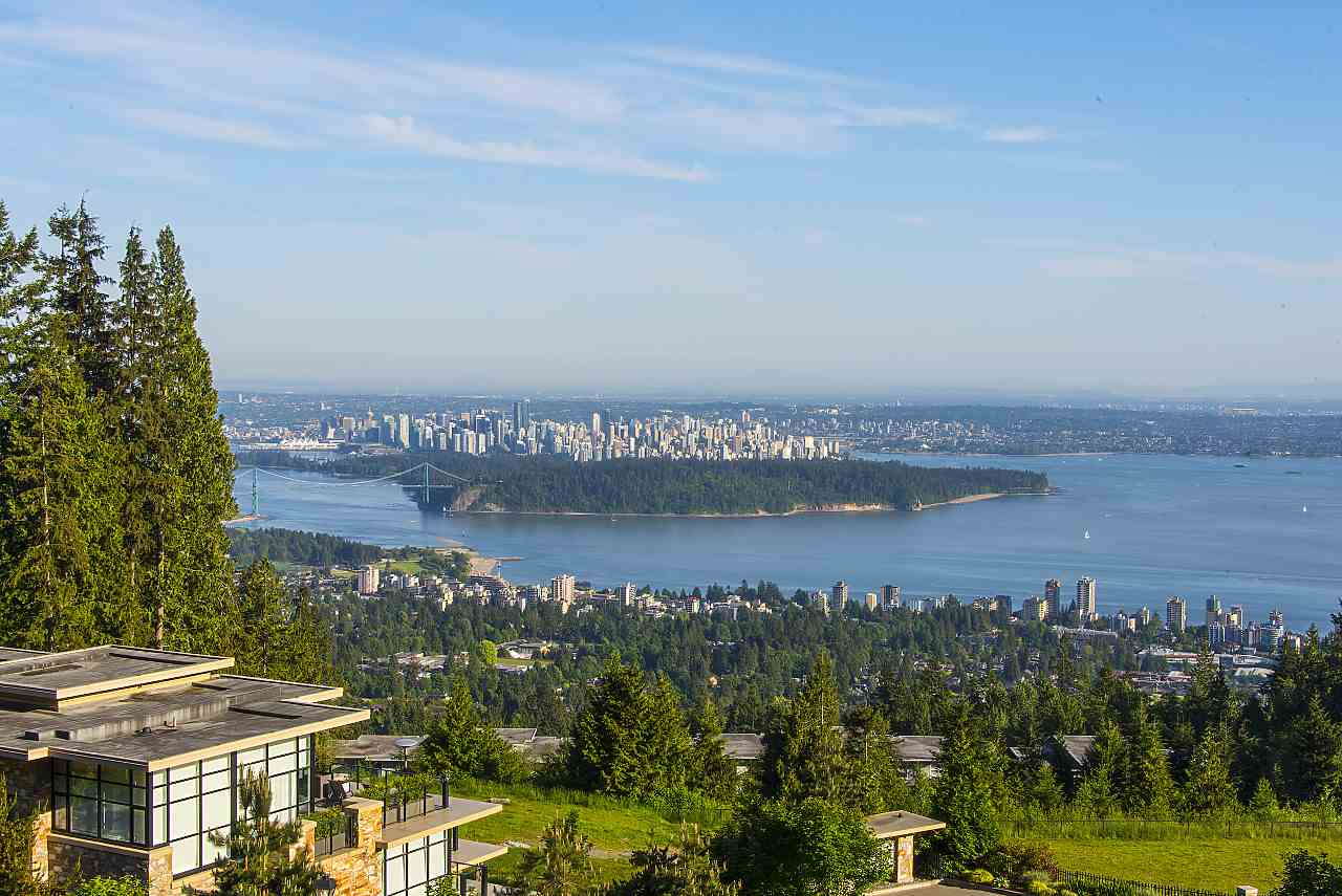 Condo Apartment at 302 2245 TWIN CREEK PLACE, Unit 302, West Vancouver, British Columbia. Image 3
