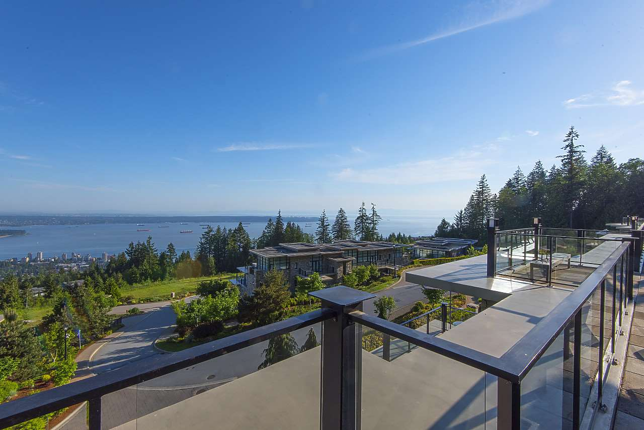 Condo Apartment at 302 2245 TWIN CREEK PLACE, Unit 302, West Vancouver, British Columbia. Image 4