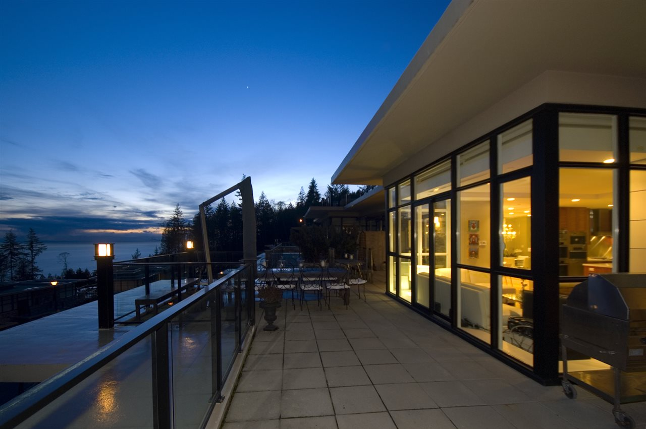 Condo Apartment at 302 2245 TWIN CREEK PLACE, Unit 302, West Vancouver, British Columbia. Image 8
