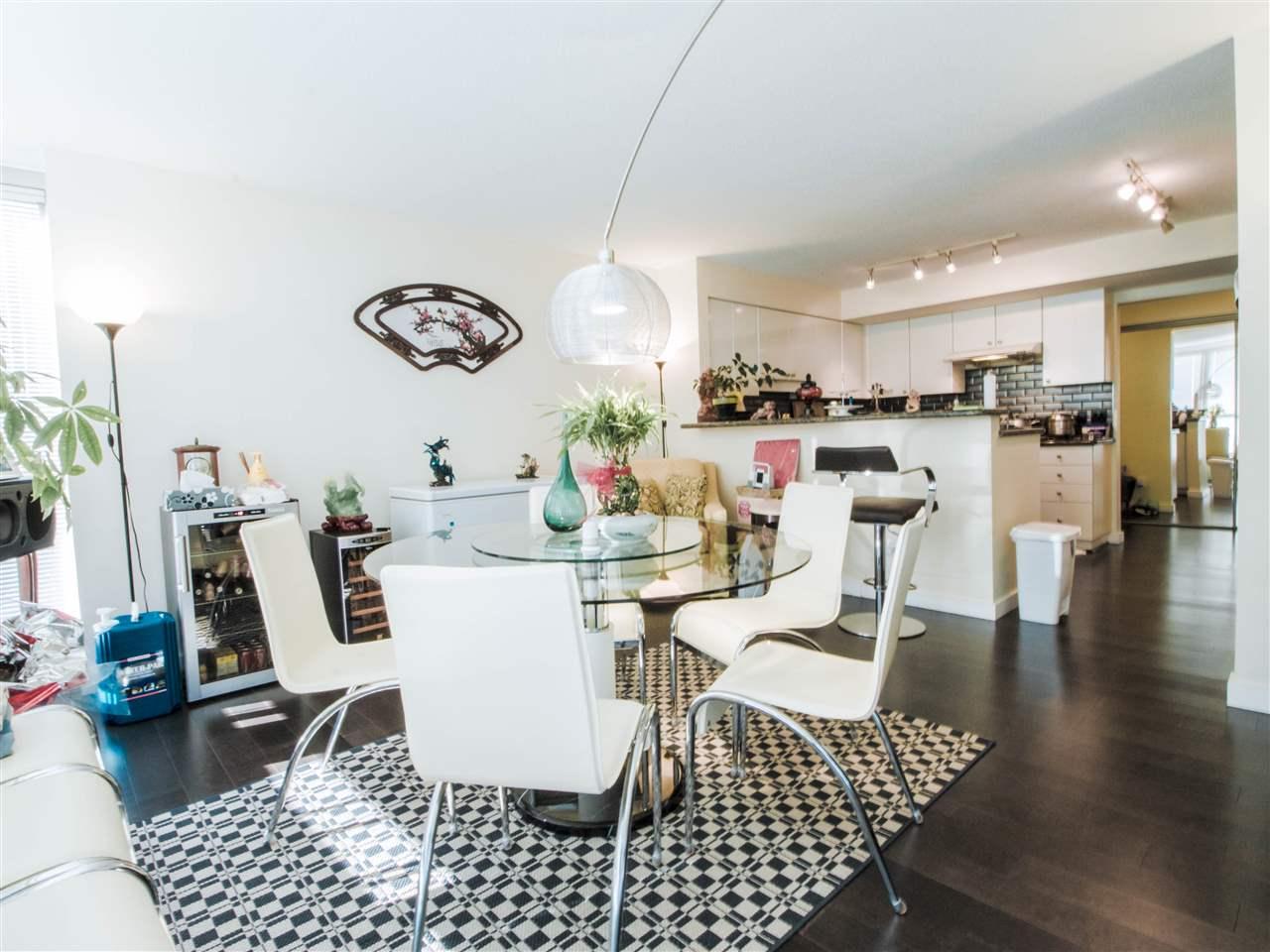 Condo Apartment at 1701 8238 SABA ROAD, Unit 1701, Richmond, British Columbia. Image 6