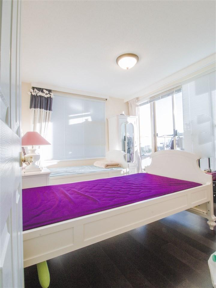 Condo Apartment at 1701 8238 SABA ROAD, Unit 1701, Richmond, British Columbia. Image 10