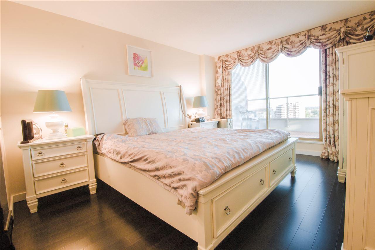 Condo Apartment at 1701 8238 SABA ROAD, Unit 1701, Richmond, British Columbia. Image 13
