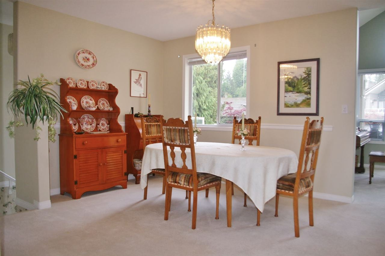 Townhouse at 111 4001 OLD CLAYBURN ROAD, Unit 111, Abbotsford, British Columbia. Image 7