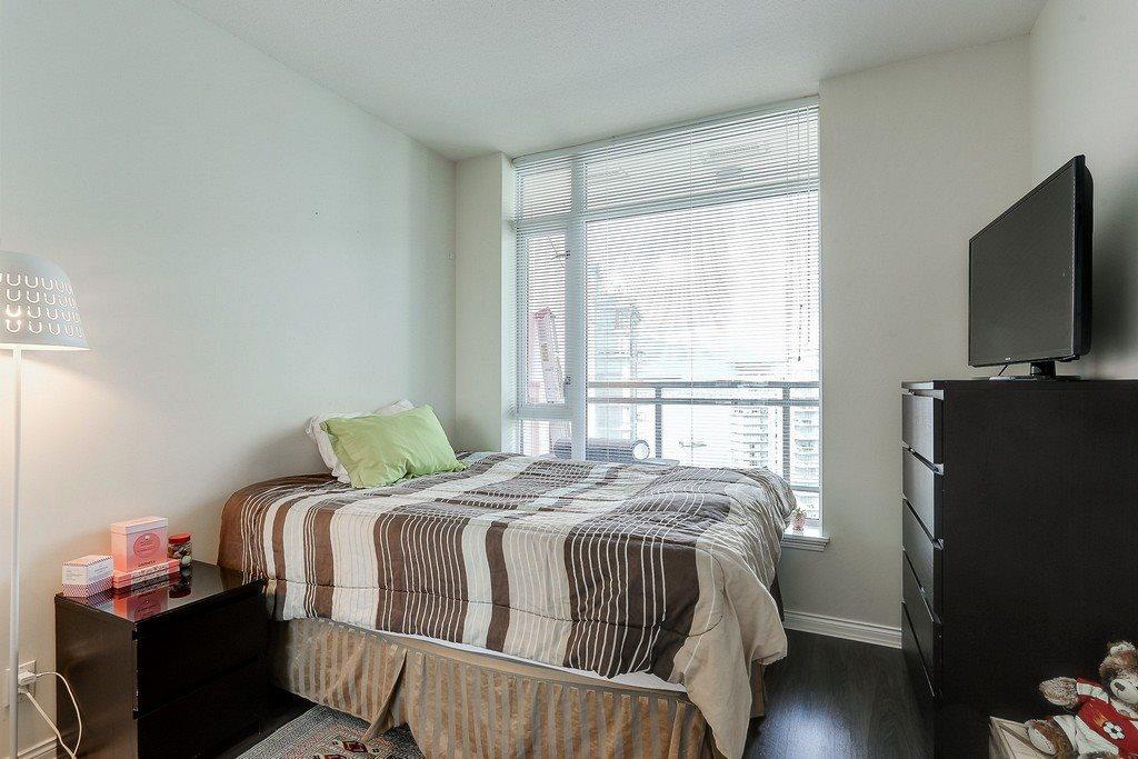 Condo Apartment at 2405 1211 MELVILLE STREET, Unit 2405, Vancouver West, British Columbia. Image 15