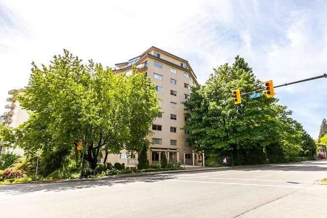 Condo Apartment at 503 1930 MARINE DRIVE, Unit 503, West Vancouver, British Columbia. Image 12
