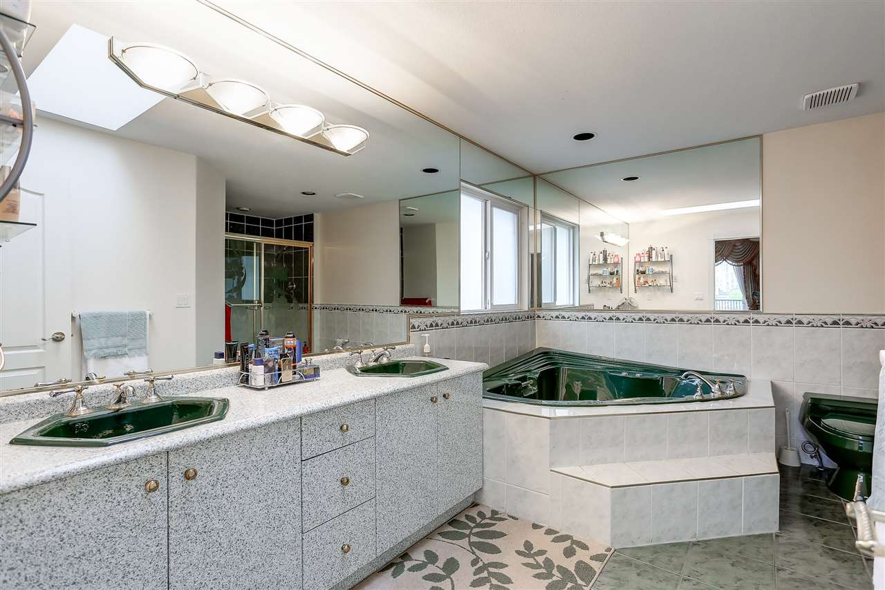Detached at 7806 12TH AVENUE, Burnaby East, British Columbia. Image 14