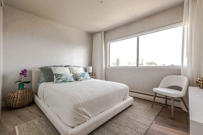 Condo Apartment at 702 1930 MARINE DRIVE, Unit 702, West Vancouver, British Columbia. Image 8