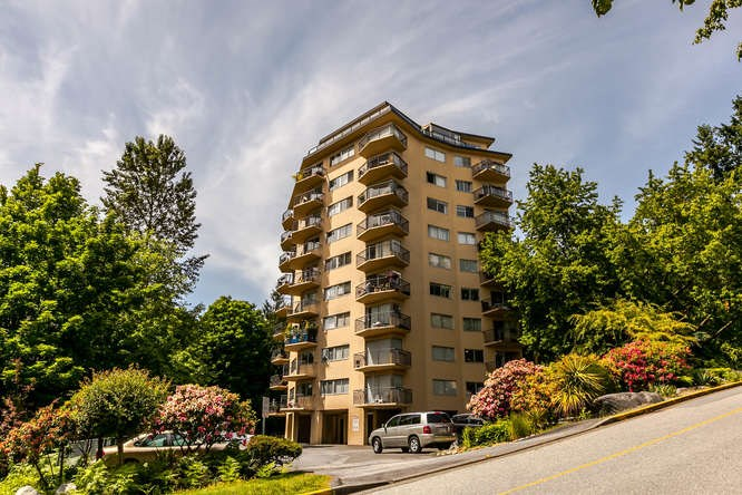 Condo Apartment at 702 1930 MARINE DRIVE, Unit 702, West Vancouver, British Columbia. Image 15