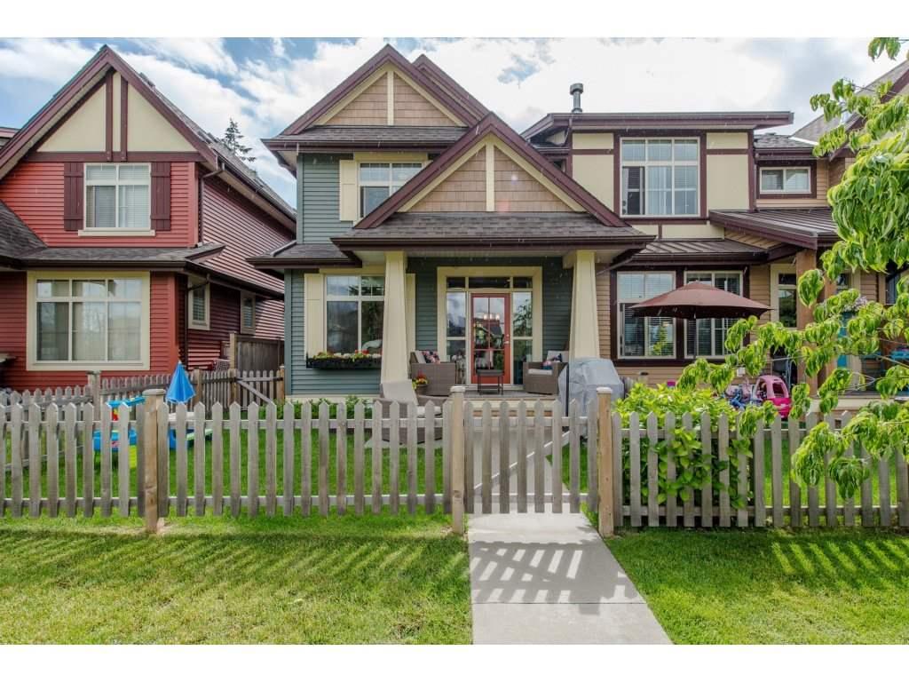Townhouse at 5517 CHINOOK STREET, Sardis, British Columbia. Image 2