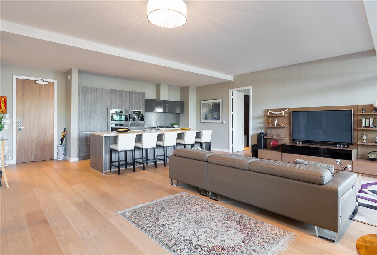 Condo Apartment at 102 151 ATHLETES WAY, Unit 102, Vancouver West, British Columbia. Image 9