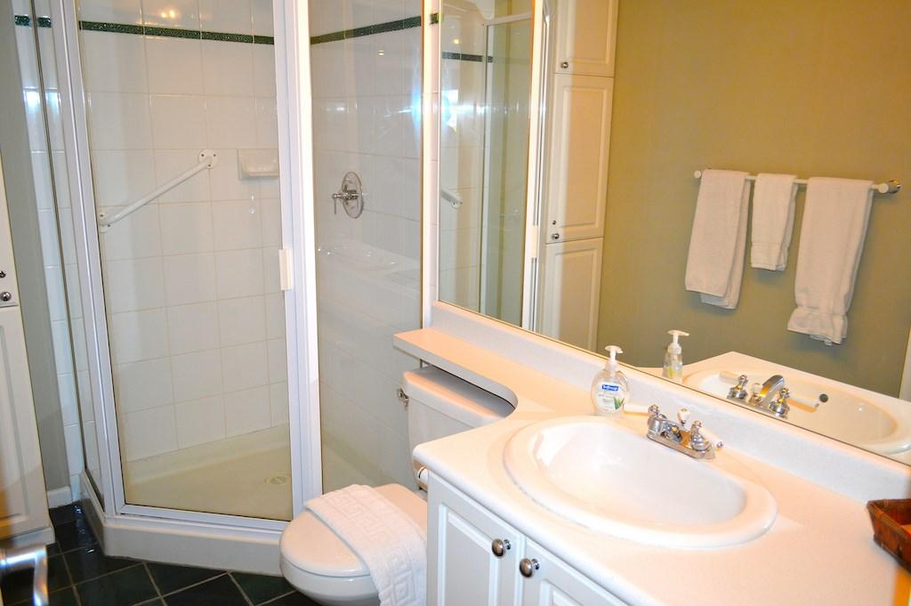 Condo Apartment at 353 4314 MAIN STREET, Unit 353, Whistler, British Columbia. Image 8