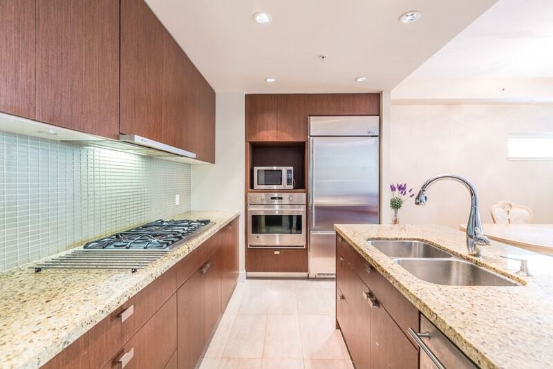 Townhouse at 6088 IONA DRIVE, Vancouver West, British Columbia. Image 5