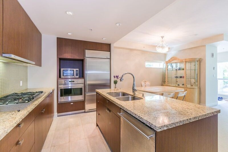 Townhouse at 6088 IONA DRIVE, Vancouver West, British Columbia. Image 6