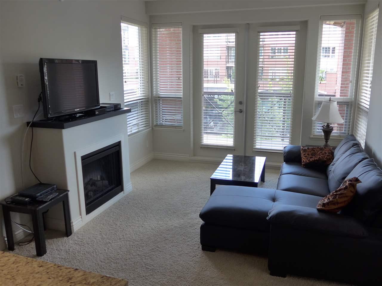 Condo Apartment at 324 2970 KING GEORGE BOULEVARD, Unit 324, South Surrey White Rock, British Columbia. Image 12