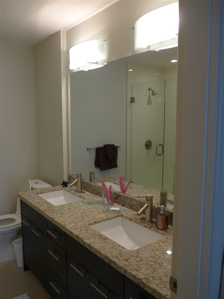 Condo Apartment at 324 2970 KING GEORGE BOULEVARD, Unit 324, South Surrey White Rock, British Columbia. Image 14