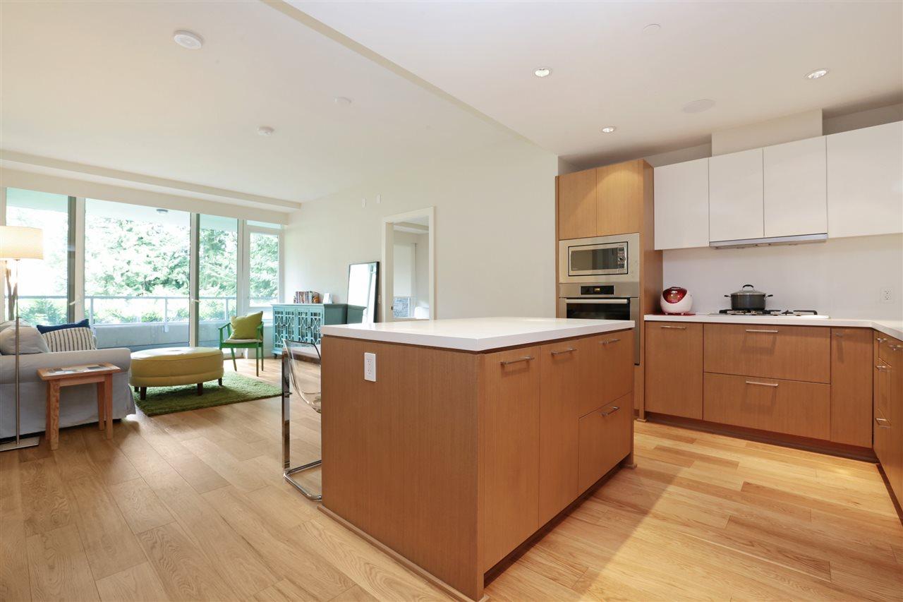 Condo Apartment at 201 866 ARTHUR ERICKSON PLACE, Unit 201, West Vancouver, British Columbia. Image 7