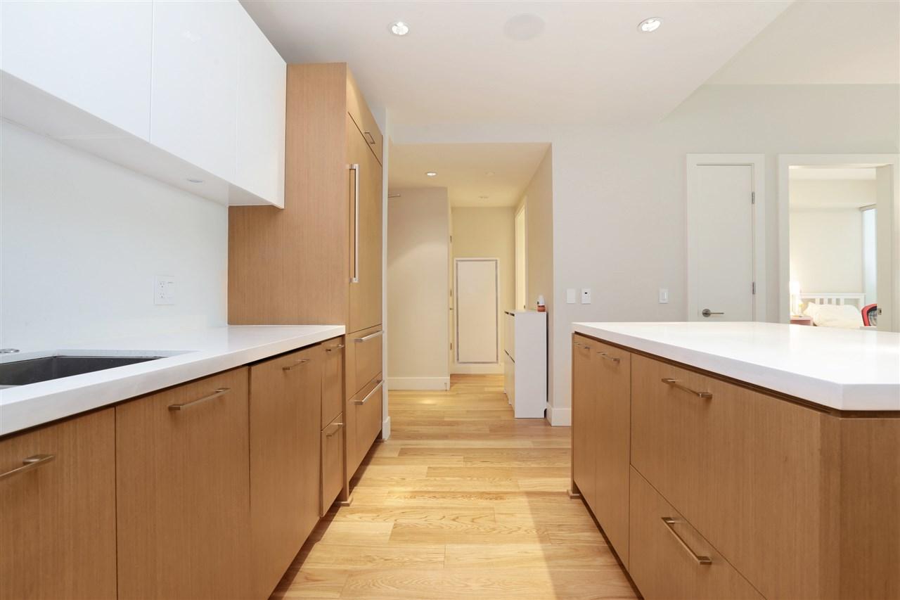 Condo Apartment at 201 866 ARTHUR ERICKSON PLACE, Unit 201, West Vancouver, British Columbia. Image 9