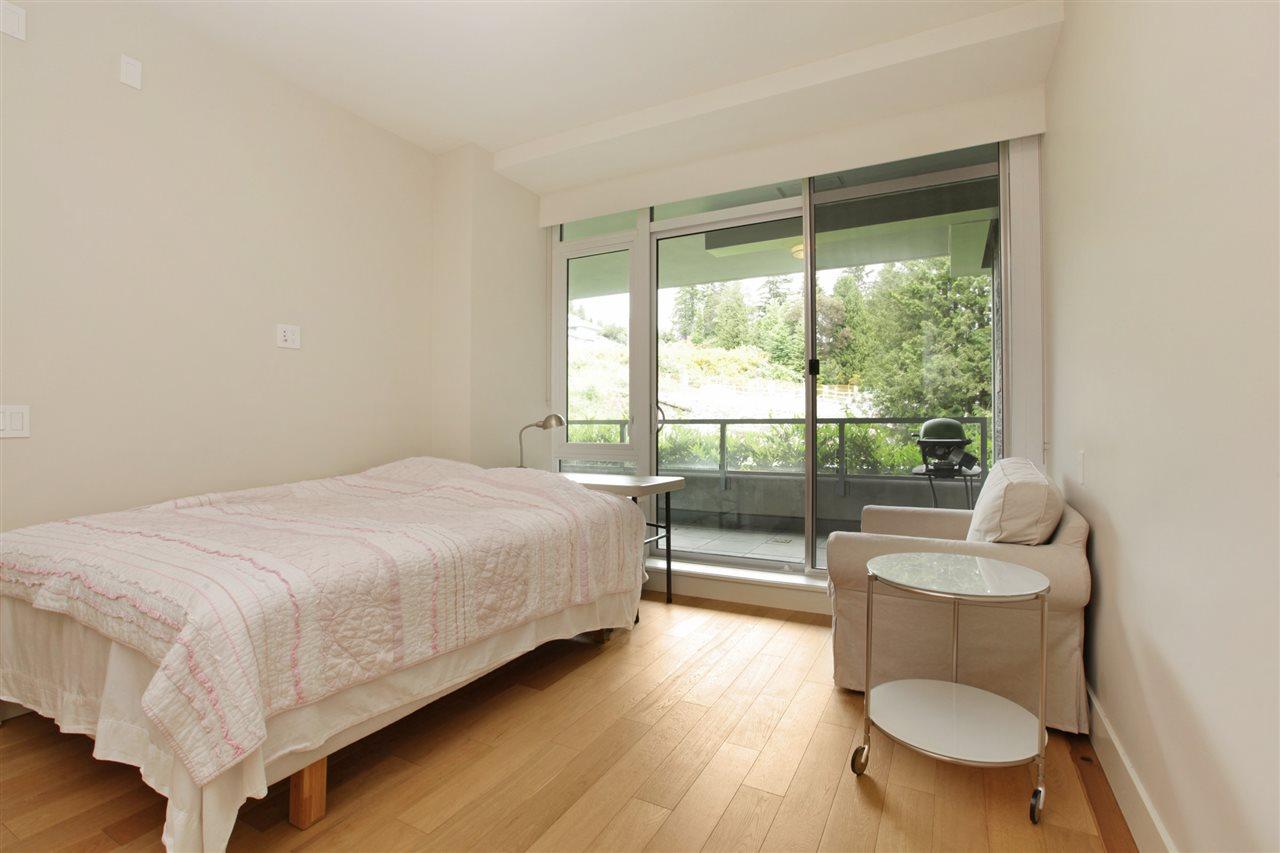 Condo Apartment at 201 866 ARTHUR ERICKSON PLACE, Unit 201, West Vancouver, British Columbia. Image 11