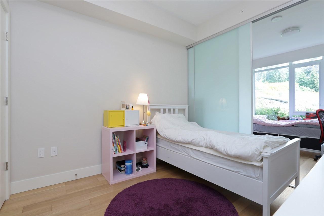 Condo Apartment at 201 866 ARTHUR ERICKSON PLACE, Unit 201, West Vancouver, British Columbia. Image 13