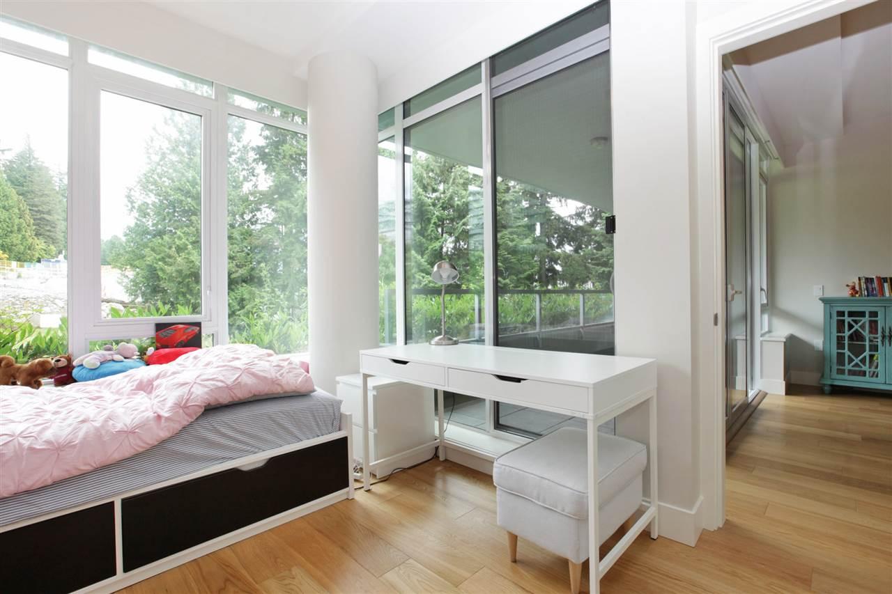 Condo Apartment at 201 866 ARTHUR ERICKSON PLACE, Unit 201, West Vancouver, British Columbia. Image 17